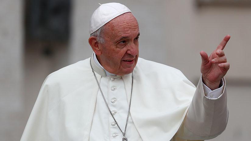 El Papa Francisco acepta la renuncia de dos obispos chilenos