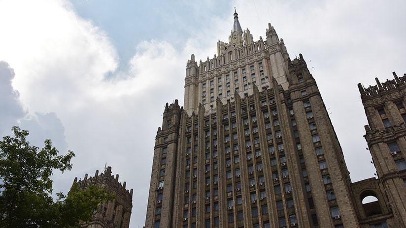 Moscú: Diplomáticos rusos no intentaron ayudar a Assange a abandonar Reino Unido