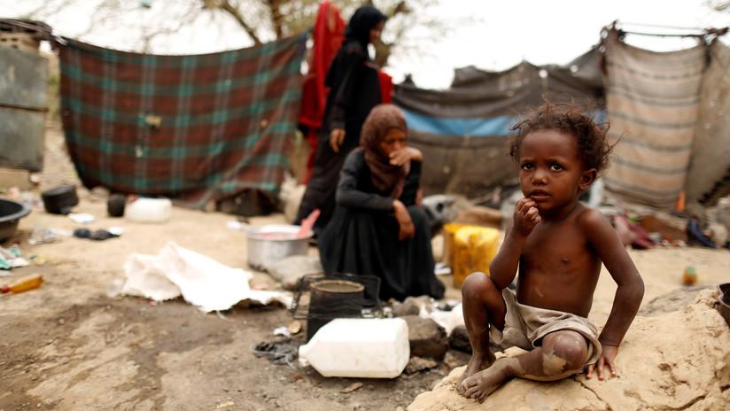 """""""Está perdiendo la lucha contra hambruna"""": Un país árabe está al borde de una catástrofe humanitaria"""