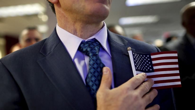 La medida que podría afectar a millones de inmigrantes legales que buscan la 'green card' de EE.UU.
