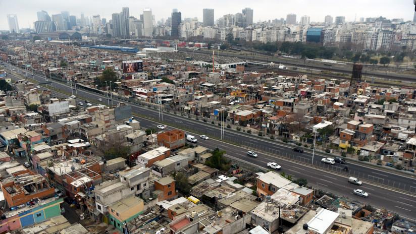 La pobreza trepó al 27,3 % en el segundo semestre, anunció el Indec