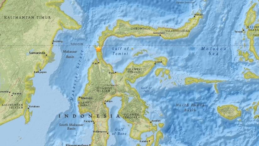 Varios muertos dejan terremoto y tsunami en Indonesia