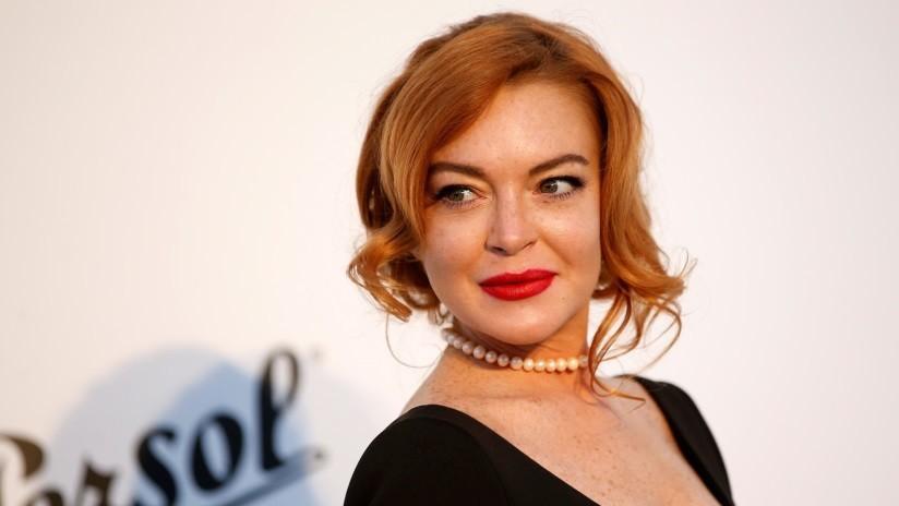 """VIDEO: Lindsay Lohan intenta """"secuestrar"""" a un niño árabe en plena calle y es golpeada por su madre"""