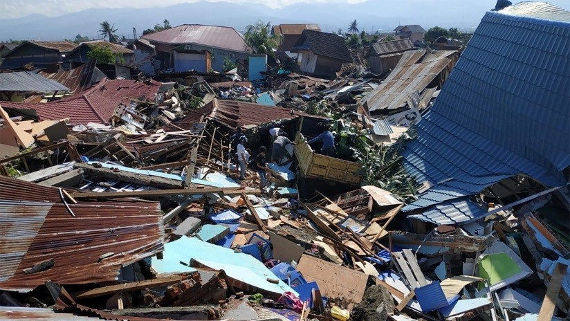 Más de 170 sismos azotan Indonesia tras el terremoto y el tsunami que mataron a más de 400 personas