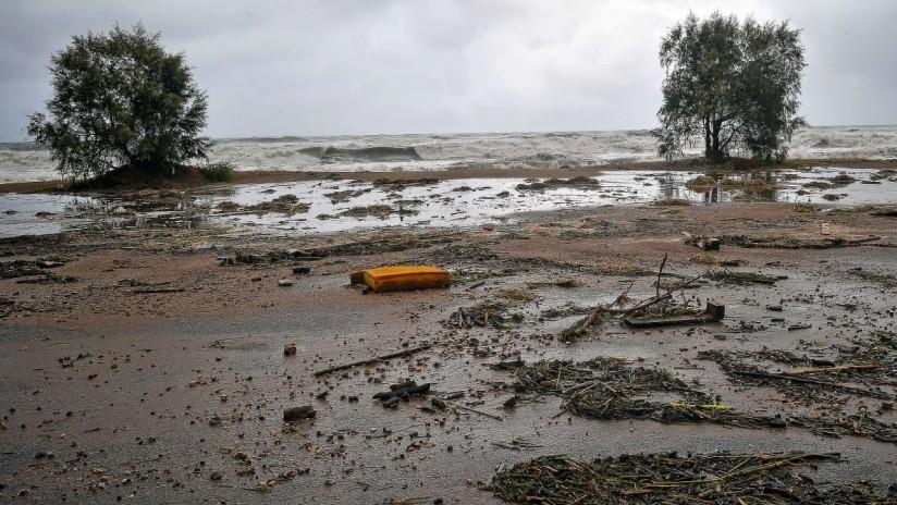 VIDEO, FOTOS: Carreteras cortadas y casas inundadas, el ciclón Zorbas agita Grecia
