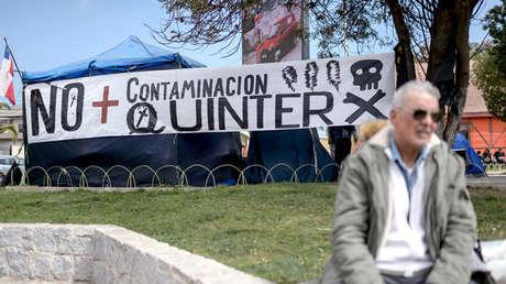 Cartel contra la contaminación en Quintero, Chile, el 7 de septiembre de 2018