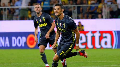 Cristiano Ronaldo celebra un gol con la Juventus en Frosinone, Italia, el 23 de septiembre de 2018.