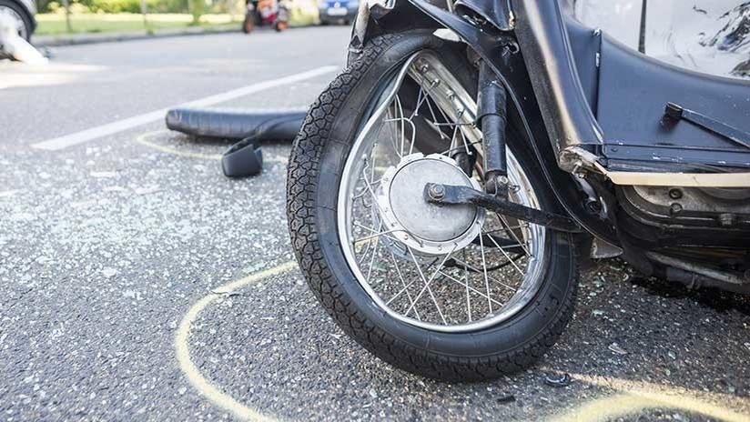 Finge su muerte en un accidente de moto para proponer matrimonio — VIRAL