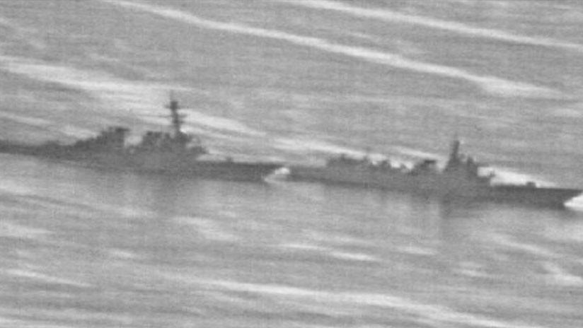 Filtran fotos del supuesto encuentro cercano entre un destructor chino y uno de EE.UU.