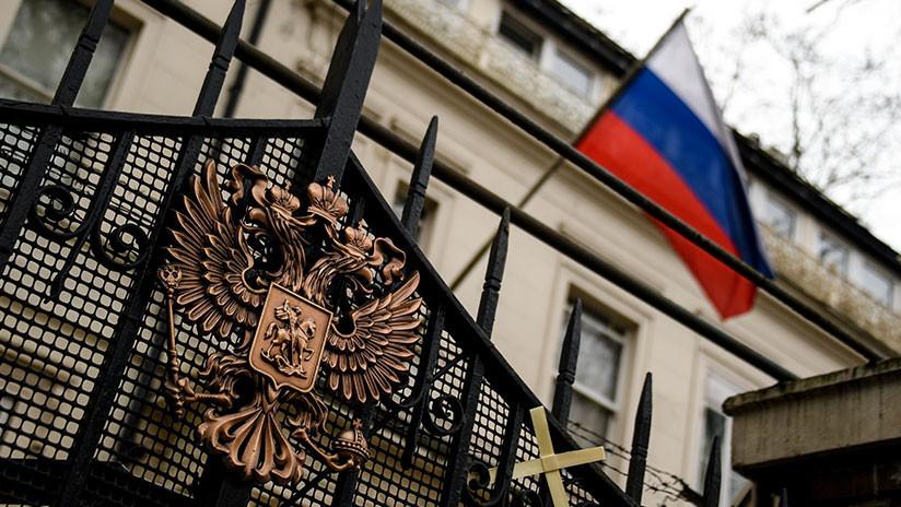 """Moscú: La acusación de Londres sobre los supuestos ciberataques rusos son """"una burda desinformación"""""""