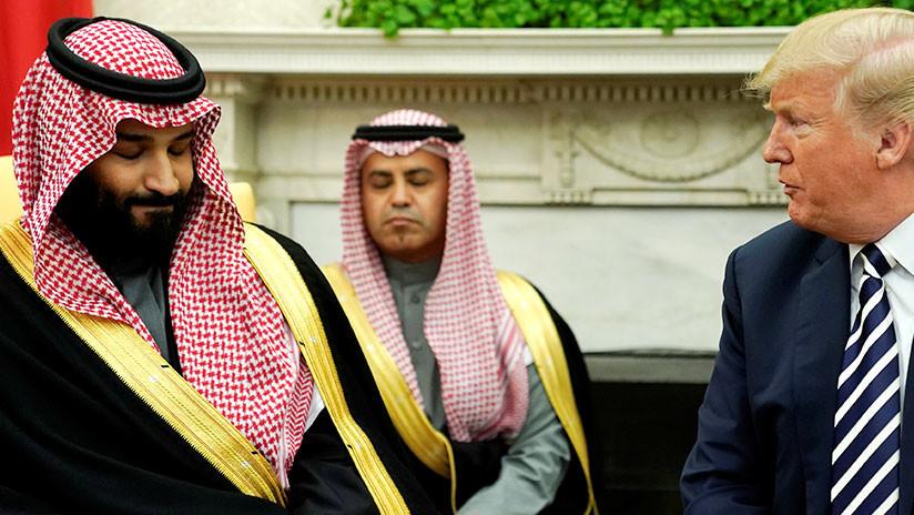 """Trump se jacta de que no se inclinó ante el """"arquetípico"""" rey de Arabia Saudita"""