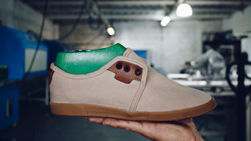 ¿Cómo una tienda 'online' de zapatos ecuatorianos ha logrado vender a chinos y alemanes?
