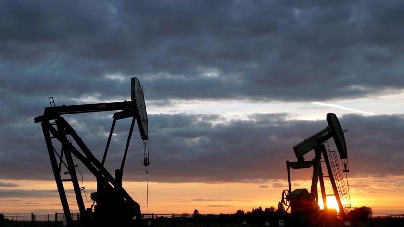 Un petróleo a 100 dólares por barril está cerca, estima el mercado