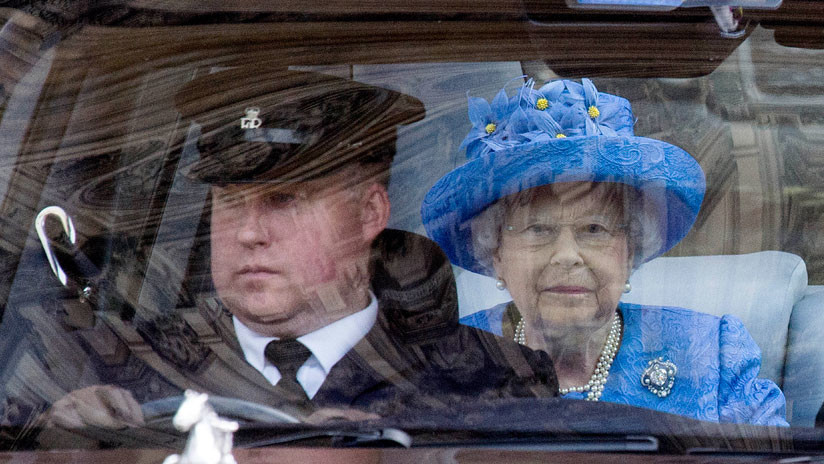 La reina Isabel II tendrá que abandonar el Palacio de Buckingham