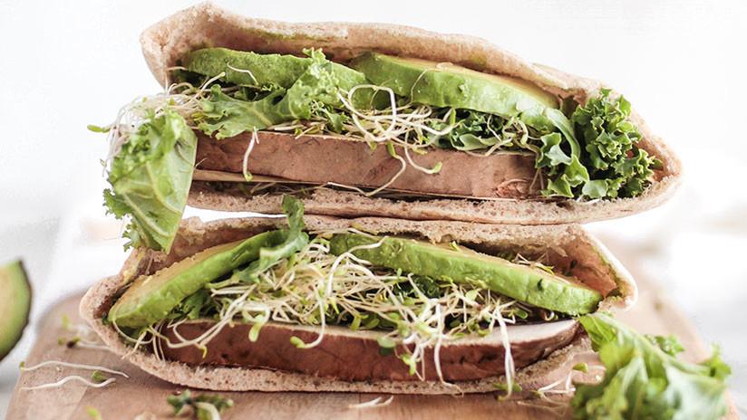 Mujer murió tras comer sándwich en reconocida cadena de comidas rápidas