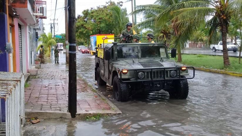 Autoridades mexicanas activan un plan militar en Quintana Roo debido al huracán Michael