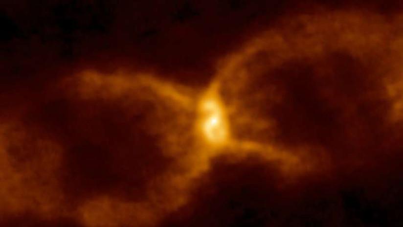 Revelado el antiguo misterio de la estrella 'del reloj de arena'