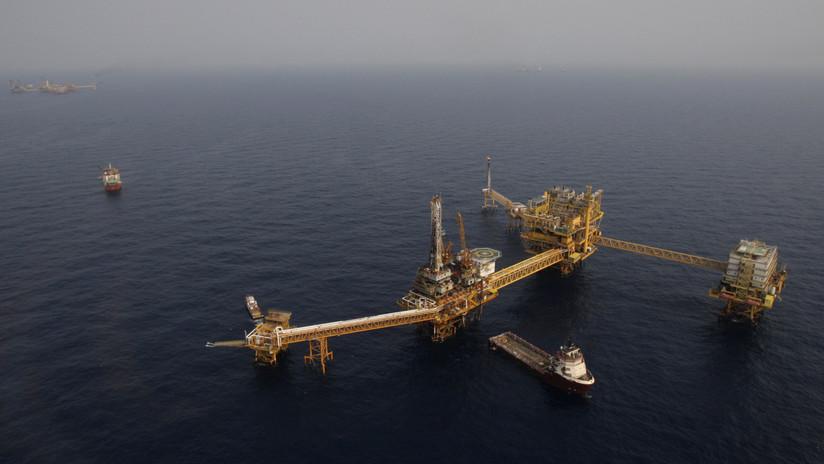 México: Piratas asedian las plataformas y buques petroleros de Pemex