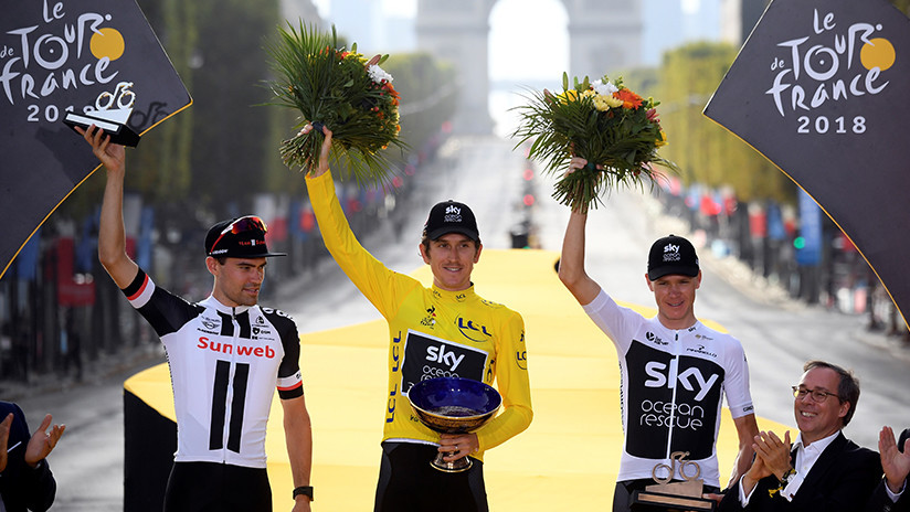 Roban trofeo del campeón del Tour de Francia 2018