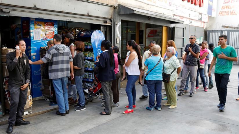 """Un yogurt a 12 dólares: Así es como la hiperinflación se """"come"""" las divisas en Venezuela"""