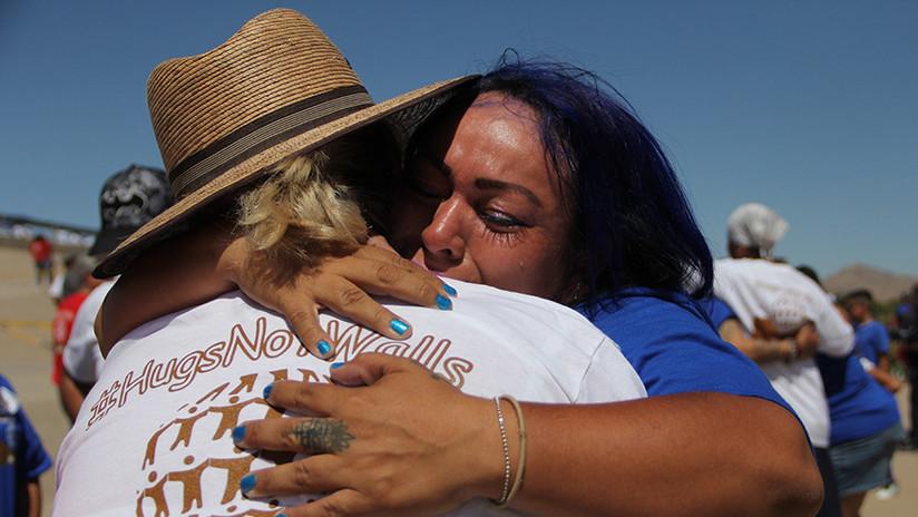 Solo 3 minutos: Abren la frontera México-EE.UU. para que las familias divididas se abracen (FOTOS)