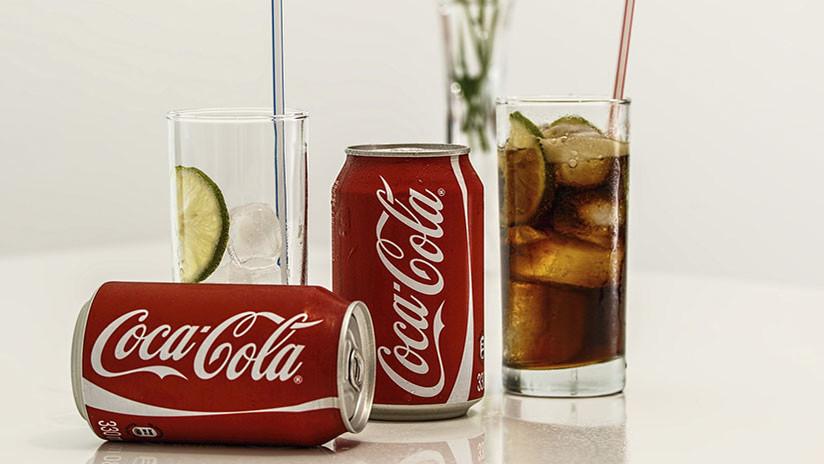 """""""Hola, muerte"""": El siniestro error de traducción en una máquina expendedora de Coca-Cola (FOTO)"""