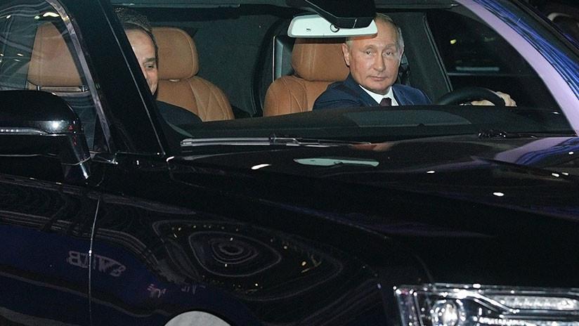 Putin y Al Sisi realizan un 'test drive' con el auto ruso Aurus en la pista de F1 de Sochi (FOTOS)