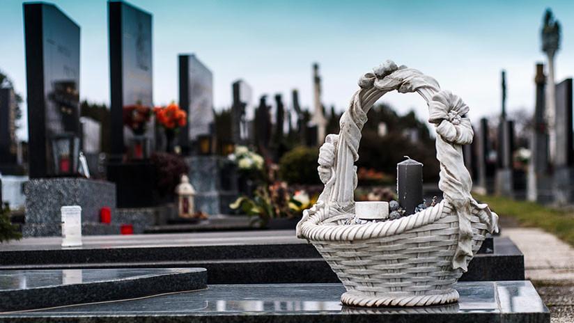 ¿A quién enterraron entonces? Un canadiense regresa a casa luego de sus propios funerales