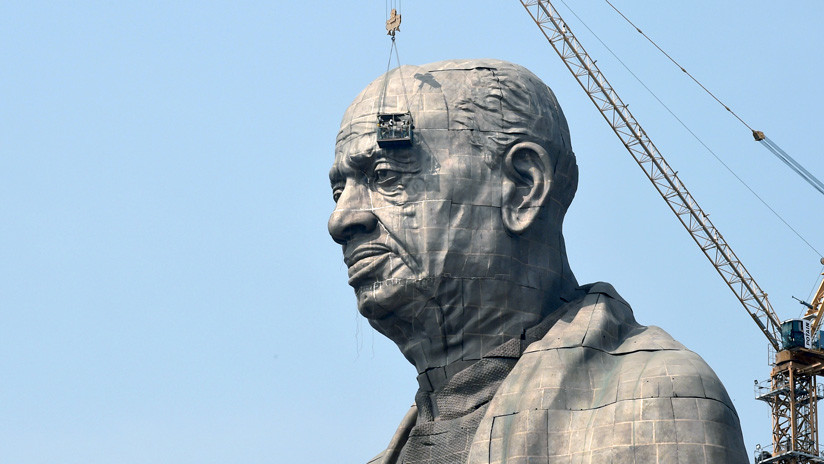 FOTO: La India levanta la estatua más colosal del mundo en honor a su 'hombre de hierro'
