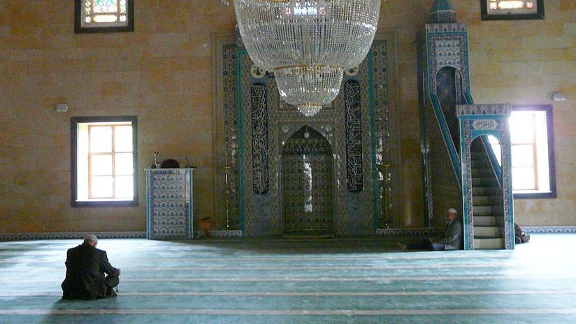 Musulmanes llevaban 37 años rezando en dirección errónea en una mezquita de Turquía