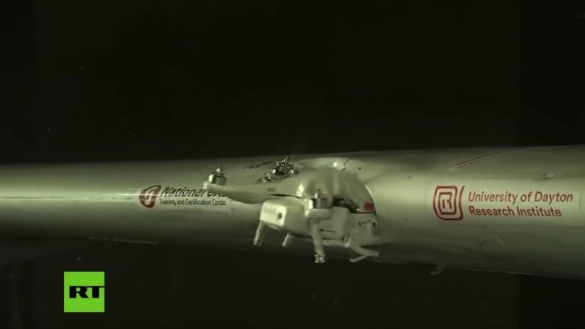 ¿El tamaño importa? Recrean la colisión de un dron con el ala de un avión y este es el resultado