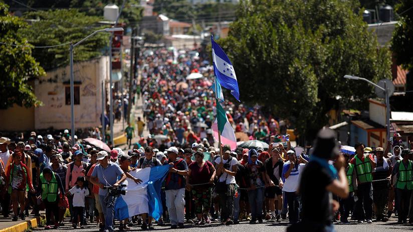 Ríos de personas avanzan hacia EE.UU.: ya son dos las caravanas de migrantes centroamericanos