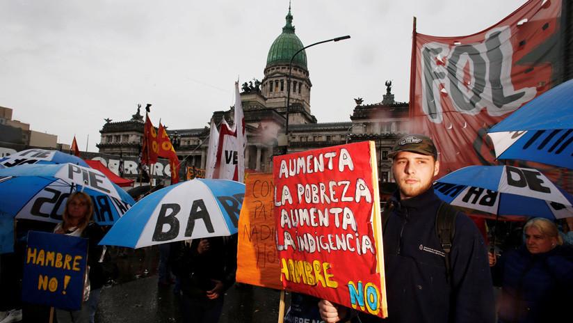 VIDEOS: Protestas e incidentes frente al Congreso argentino durante el debate sobre el Presupuesto