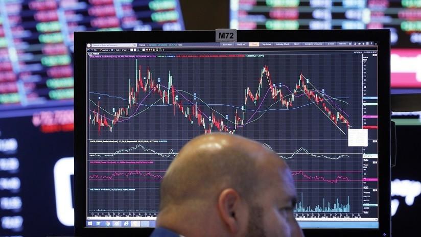 El índice industrial Dow Jones pierde más de 600 puntos y borra todas las ganancias del año