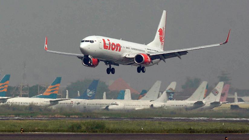 FOTOS, VIDEO: Primeras imágenes desde el lugar del accidente del Boeing 737 de Lion Air