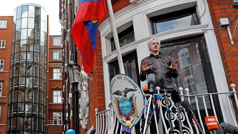 Assange dice que Ecuador busca poner fin a su asilo y entregarlo a EE.UU.