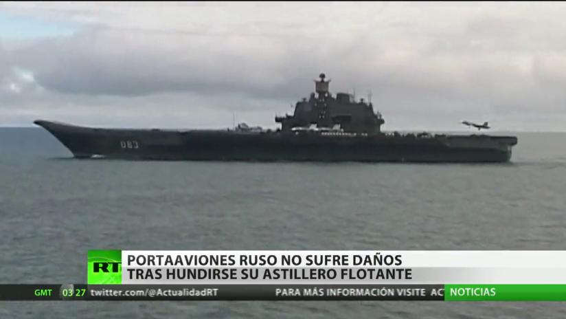 Portaaviones ruso no sufre daños tras el hundimiento de su astillero flotante
