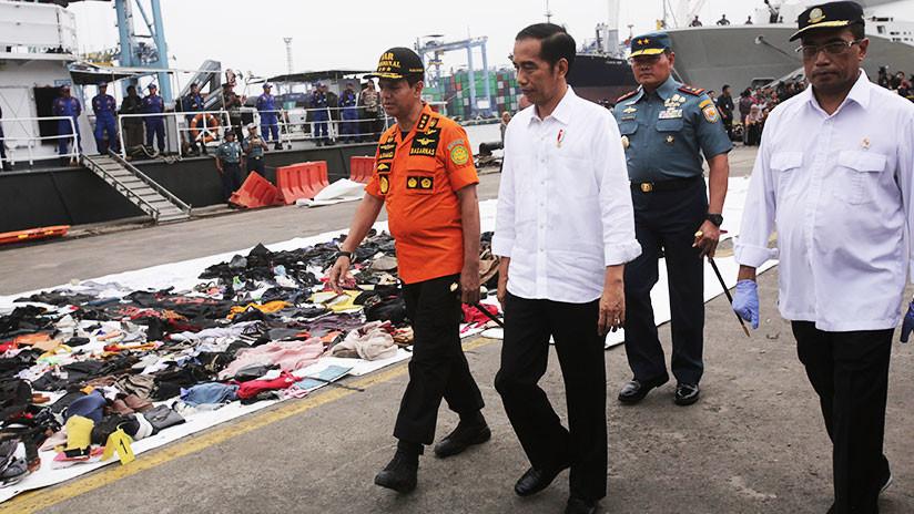 """Indonesia: Los restos del Boeing 737 de Lion Air fueron """"posiblemente"""" hallados en el mar de Java"""