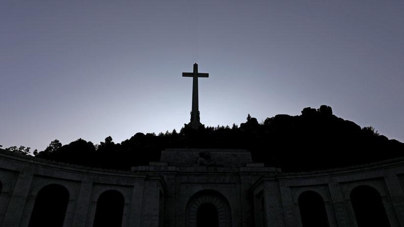 ¿Dónde se enterrarán finalmente los restos del dictador español Francisco Franco?