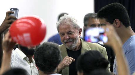 El ex presidente brasileño Luiz Inácio Lula da Silva durante el lanzamiento de su libro. Brasil, 16 de marzo de 2018.