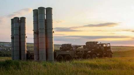 El sistema de misiles antiaéreos S-300