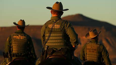Agentes de la Patrulla Fronteriza de Estados Unidos cerca de Jacumba, California, 14 de noviembre de 2016.