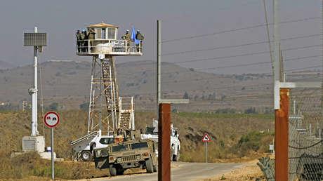 Torre de vigilancia en el cruce de Quneitra Israel-Siria en la frontera de los Altos del Golán el 27 de septiembre de 2018.