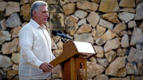 Miguel Diaz-Canel en un acto por el 150° aniversario de la independencia cubana el 10 de octubre de 2018