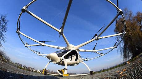Ejemplar de avión no tripulado Volocopter VC200 en Bruchsal, Alemania, el 1 de diciembre de 2016.