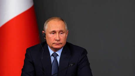 Vladímir Putin asiste a la cumbre cuatripartita sobre Siria en Estambul, 27 de octubre de 2018.