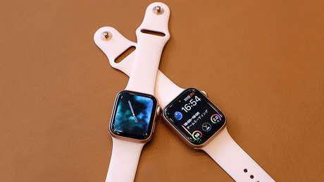 Dos ejemplares del nuevo Apple Watch Series 4