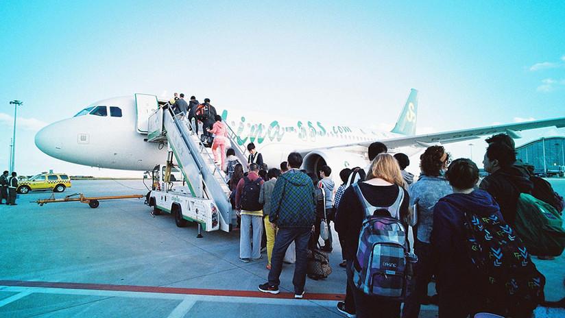 """Estudio: Viajar en avión es una """"vacuna natural"""" que protege a la humanidad de una pandemia mortal"""