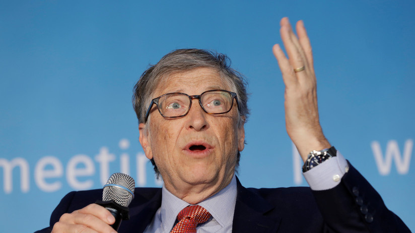 Bill Gates augura impuestos para los robots para proteger los empleos humanos