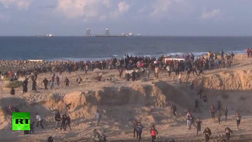VIDEO: Palestinos protestan contra el bloqueo marítimo y terrestre de Gaza
